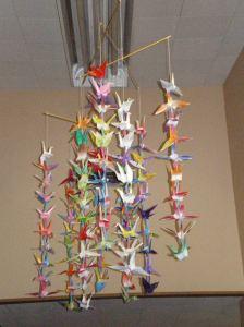 101 Cranes mobile